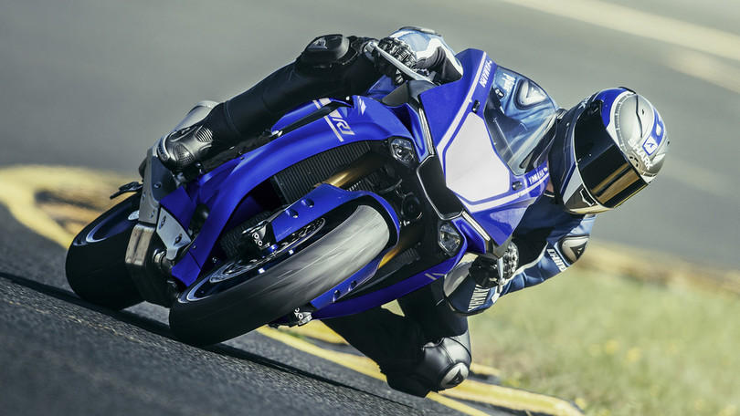 bei inzahlungnahme 1000 euro pr mie f r die yamaha yzf r1. Black Bedroom Furniture Sets. Home Design Ideas