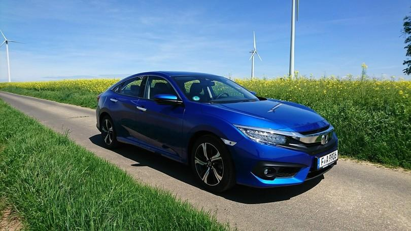 Test Honda Civic Limousine: Wie im Accord