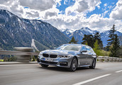 BMW Group setzte im November fast 220 700 Autos ab