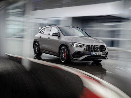Mercedes-AMG GLA 45 4Matic+: Variables Kraftpaket